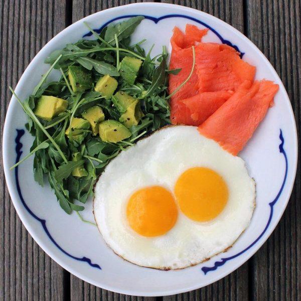 وجبات سريعة مناسبة لنظام الكيتو