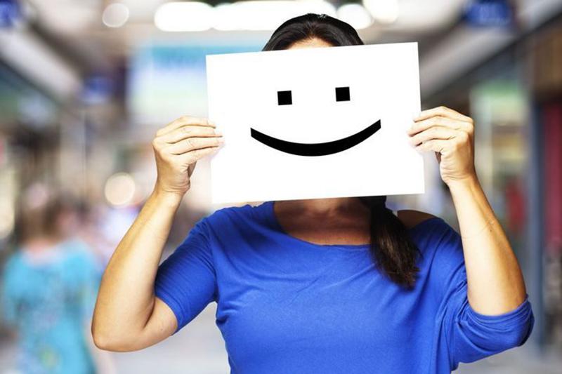 """5 طرق لزيادة هرمون السيروتونين """"هرمون السعادة"""" في المخ"""
