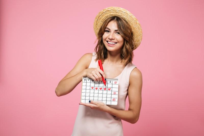 7 حاجات ممكن تقولهم لون الدورة الشهرية عن صحتك